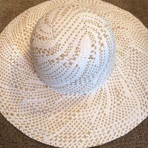 BCBGMaxazria wise brim straw hat